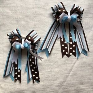 Pair of horse show hair bows NWOT